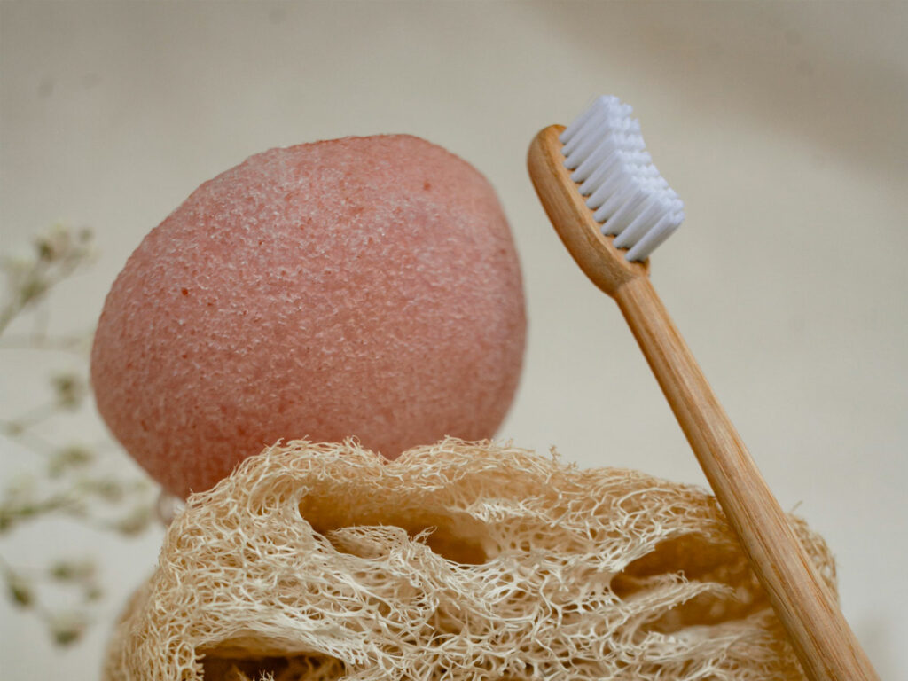 how to use the konjac sponge